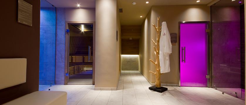 Wellness Sauna.jpg